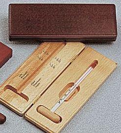 Ital hőmérő fa dobozban