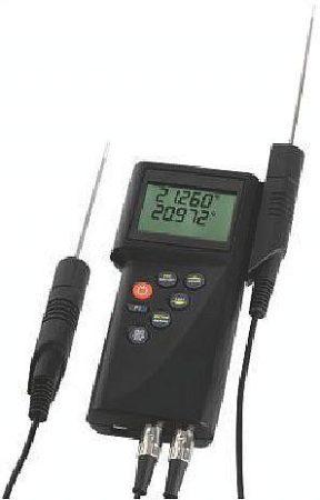 P 795 Precíz kézi hőmérsékletmérő műszer 0,001 °C